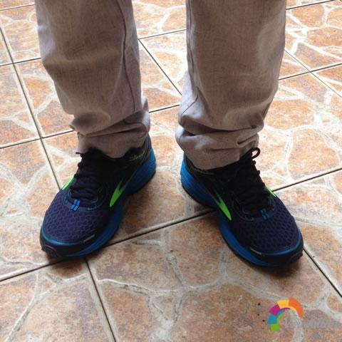试穿测评:布鲁克斯Aduro 5跑鞋试用体验图3