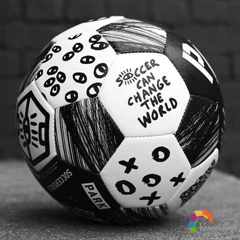 三方联名:The Cambio足球发布解读