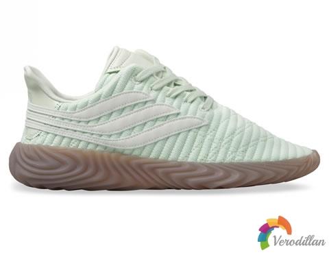 阿迪达斯Originals推出新配色Sobakov休闲鞋