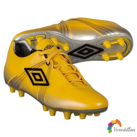 最平价速度型球鞋:Umbro GT Pro发布简评