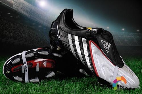 科幻三兄弟:Adidas Predator力量系列足球鞋