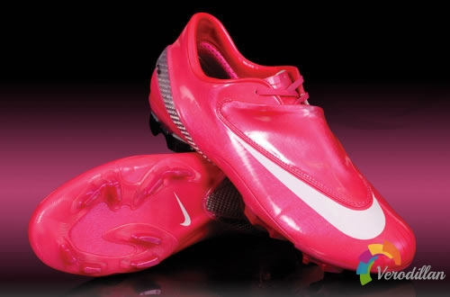 人剑合一:Nike Mercurial Vapor IV(玫红配色)简评