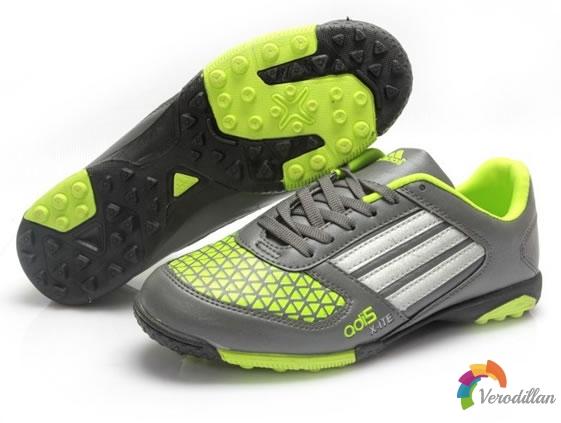 完美触感:adidas ADI5 X-ITE TF足球鞋简评