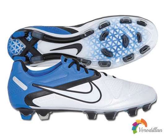 [谍照曝光]Nike CTR360 Maestri II(白黑蓝配色)