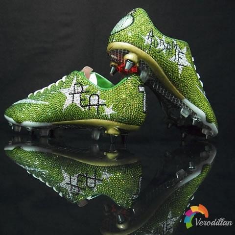 耐克刺客8施华洛世奇水晶特别版亮相法甲赛场