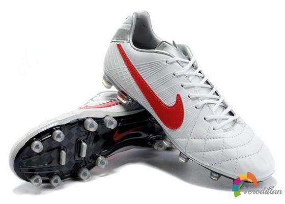 Nike Tiempo Legend IV,为精英球员们量身打造