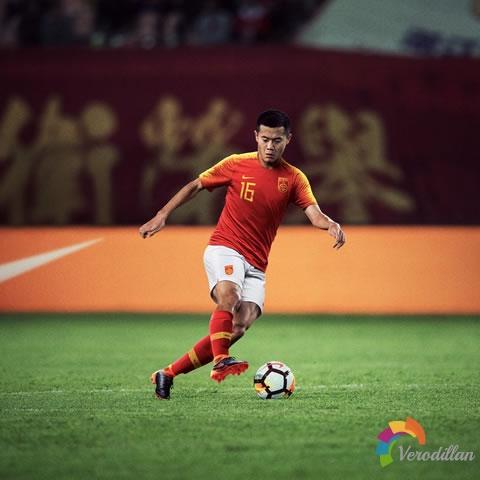 [细节解读]中国国家队2018主场球衣球迷版