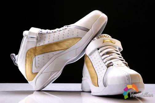 大气豪迈:李宁2BMB251篮球鞋综合测评