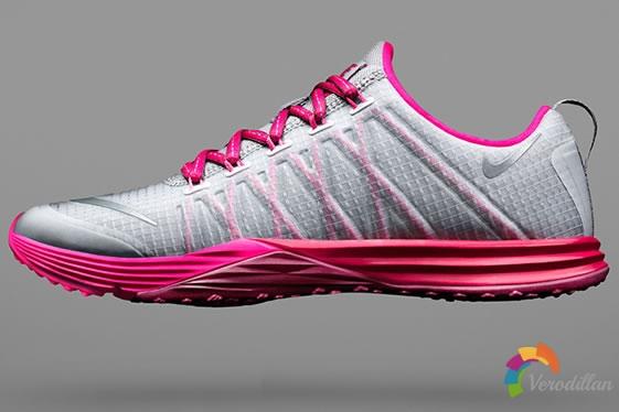 女性专属训练鞋:Nike Lunar Cross Element简评