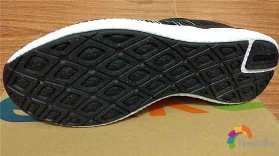 鸿星尔克52117114085女子跑鞋试用测评图2