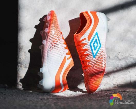 Umbro Velocita 4 Pro足球鞋发布亮眼新配色