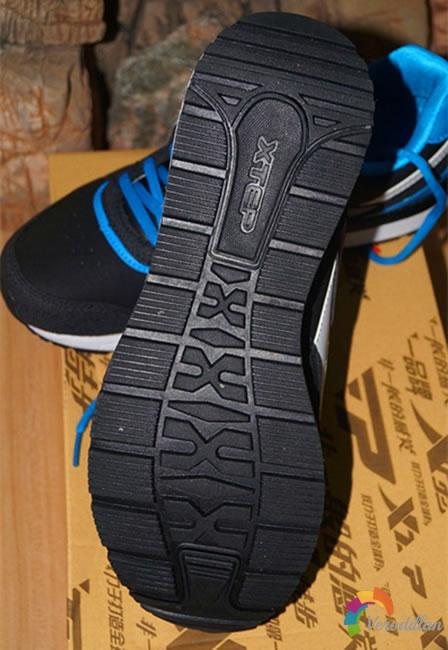 特步984319119583复古男跑鞋试用测评图2