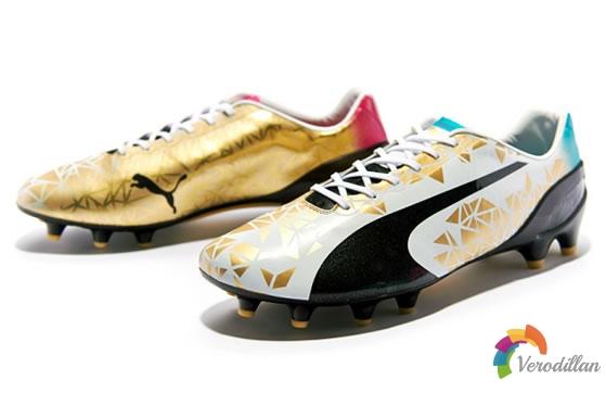 彪马推出庆祝世界杯限量纪念足球鞋套装
