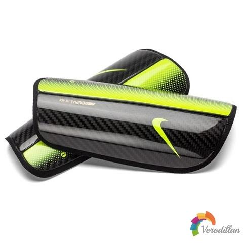 耐克Mercurial Blade Hinge护腿板发布