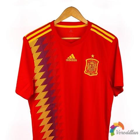 西班牙国家队2018主场球迷版球衣深度解读