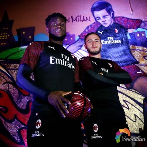 AC米兰2018-19赛季第二客场球衣设计解读