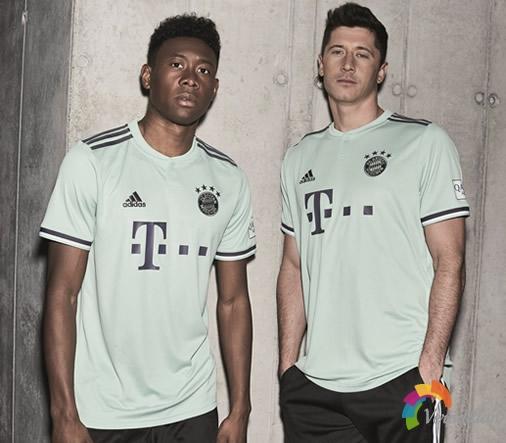 拜仁2018/19赛季客场球衣,融合摩登与街头风格