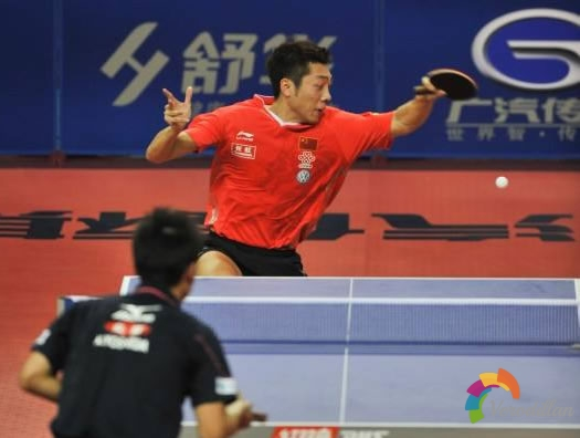 打乒乓球如何合理运用肩部进行拉球[动作讲解]