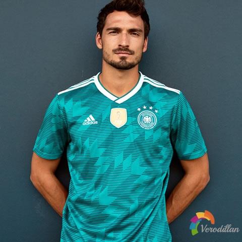 阿迪达斯发布德国国家队2018世界杯客场球衣