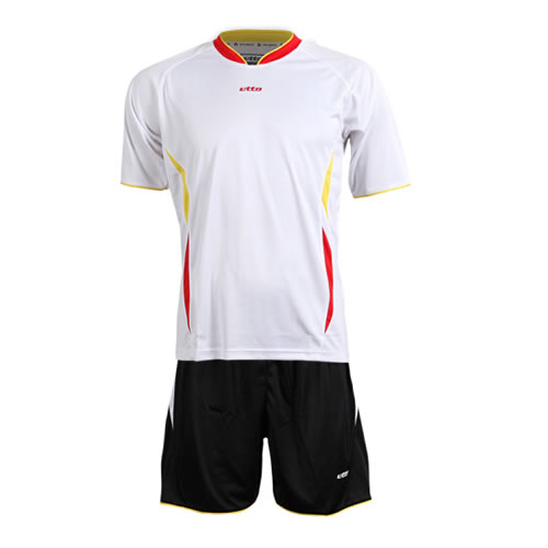英途SW1131足球服套装图4高清图片