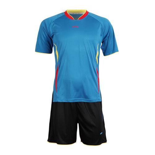 英途SW1131足球服套装图3高清图片