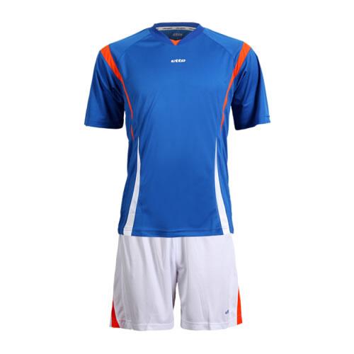 英途SW1132足球服套装图5高清图片