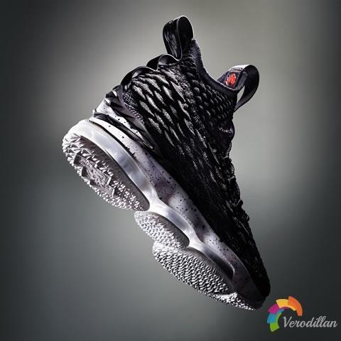 皇帝新靴:Nike LEBRON 15设计解读