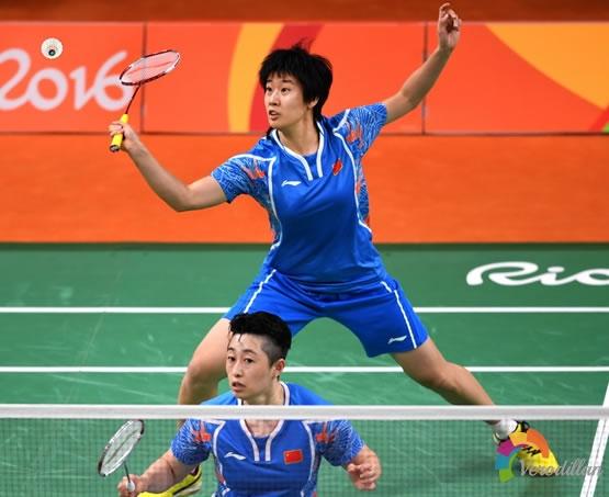 论羽毛球双打腰部控制战术,轻松破解网前球