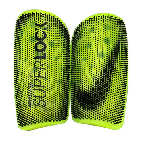 耐克SP2163足球护腿板