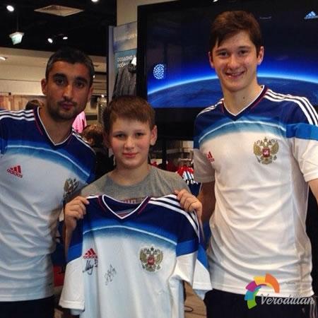 俄罗斯国家队2014世界杯客场球衣发布