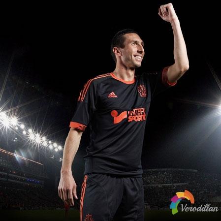 马赛2012/13赛季第二客场球衣迎来官宣