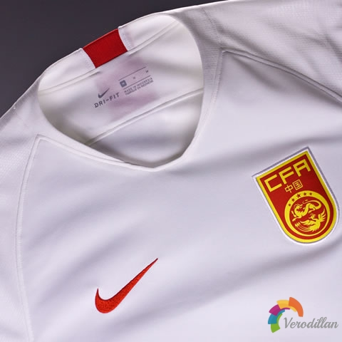 中国国家队2019赛季客场球衣亮相亚洲杯