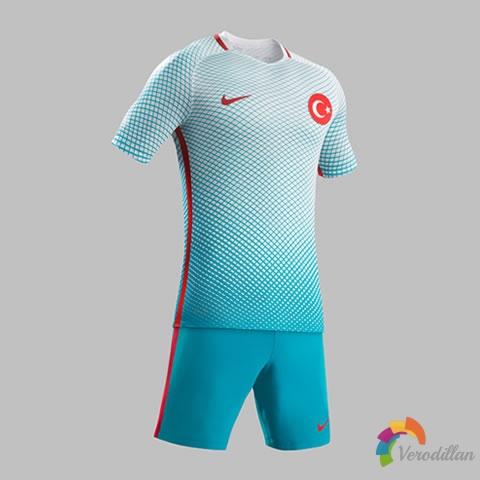 土耳其国家队2016欧洲杯主客场球衣设计曝光
