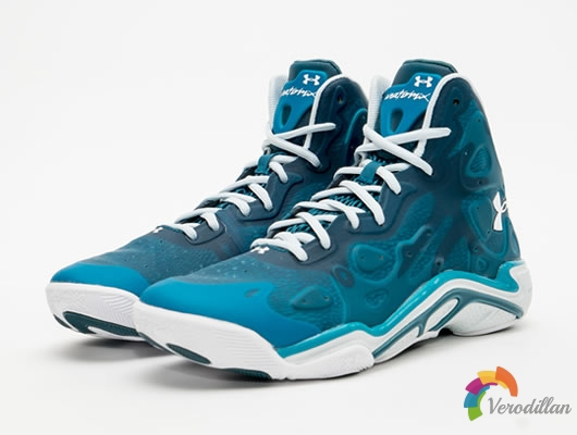 前卫悍将:UNDER ARMOUR ANATOMIX SPAWN 2