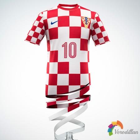红白格子设计:克罗地亚国家队2012/13赛季主场球衣