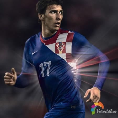 耐克发布克罗地亚国家队2012/13赛季客场球衣