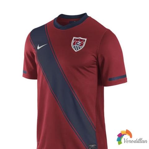 美国国家队公布2011/12赛季第二客场球衣