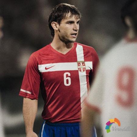 耐克发布塞尔维亚国家队2010世界杯主场球衣