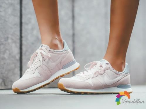 优雅经典:Nike Internationalist梦幻棉花糖色系发布