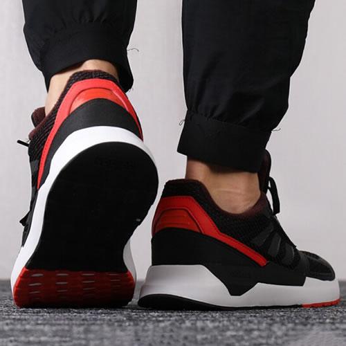 阿迪达斯BB7978 RUN80S男女跑步鞋图7