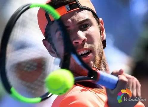 打网球和身高之间有什么关系,为什么打网球身高都很高
