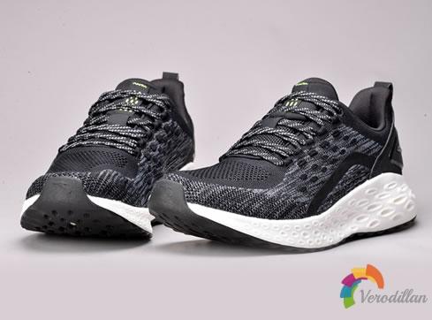 安踏全新A-FlashFoam虫洞跑鞋深度测评
