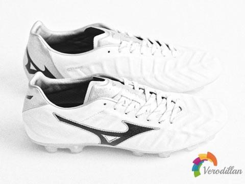 Mizuno推出Rebula V1 MIJ足球鞋全新配色
