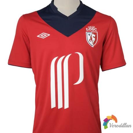 战斗机器里尔发布2012/13赛季主客场球衣