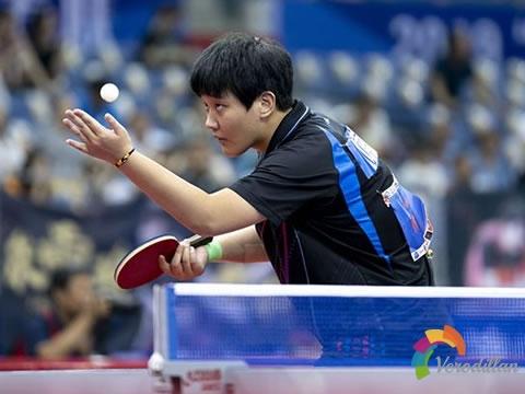 浅谈乒乓球接发球侧身站位如何选择