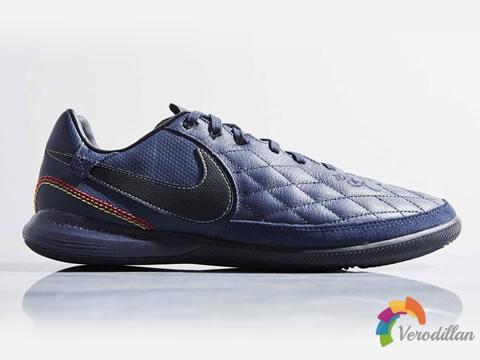 Nike TiempoX Finale R10,致敬罗纳尔迪尼奥
