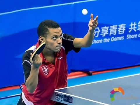 打乒乓如何在击球时做到出手集中