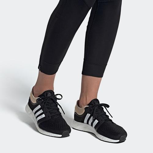 阿迪达斯EH0705 cc rocket boost w女子跑步鞋图5高清图片