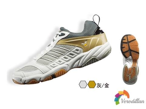 贴地感十足:胜利VT-75羽毛球鞋测评报告