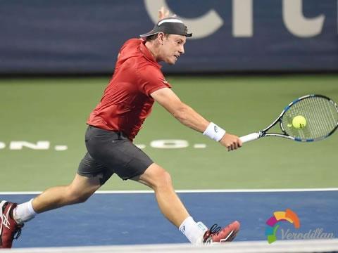 四大步骤完美掌握网球接发球移动步法